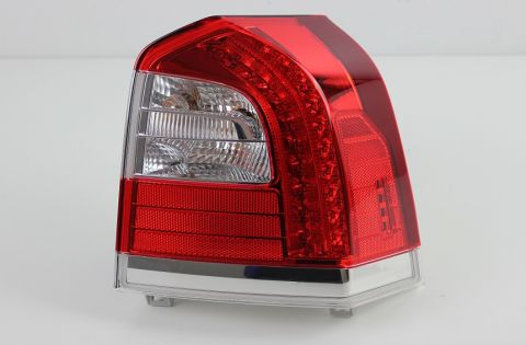 Baklampe Volvo V70III/XC70III 2014-2016 nedre  høyre