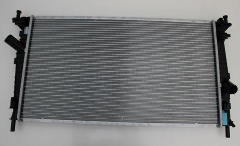 RADIATOR VOLVO C3,V50  365MM X 670 MM X 18MM