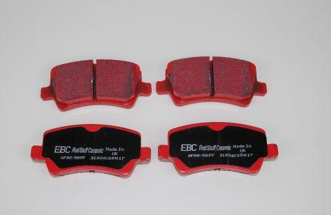 Bremsekloss sats bak XC70NN,V70NN,S80N,V60,S60N EBC Redstuff